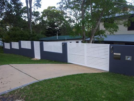 Driveway Gate Designs by North & Central - Gate Garage and Automation