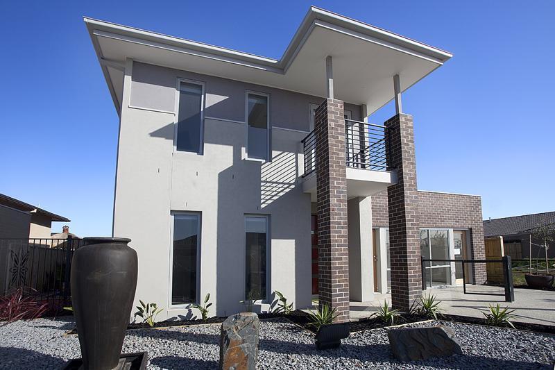 Facade exteriors baywinds beach house sydney design for Beach house designs sydney
