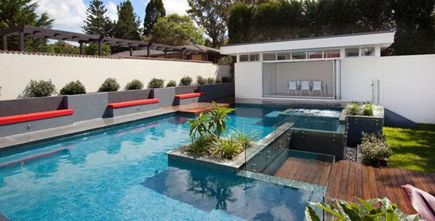 Pools inspiration urban revolutions australia for Garden city pool hours
