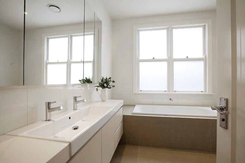 Top tips for a successful small bathroom fit out for Australian bathroom design ideas