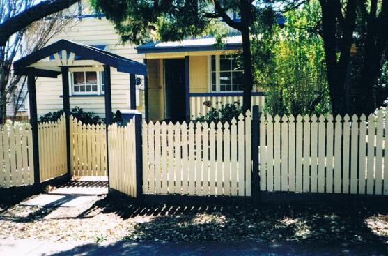 Picket Fencing Designs by protech property solutions