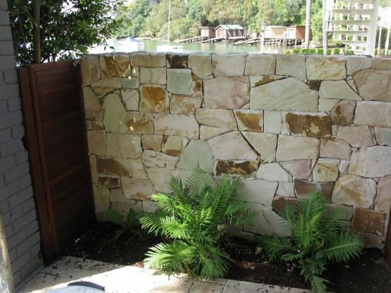 Feature Wall Ideas by Sunshine Living Landscapes