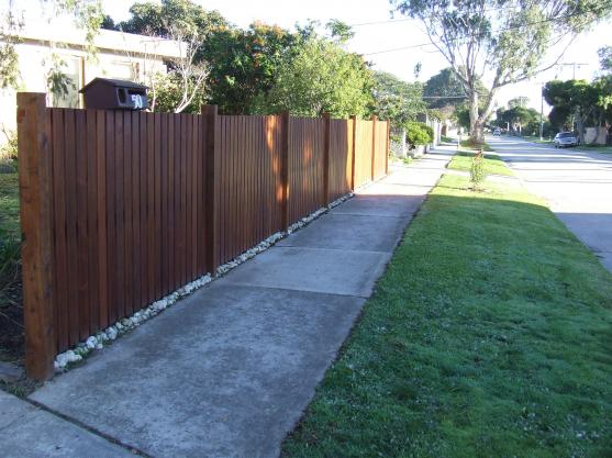 Fence Designs by Handyman In Melbourne