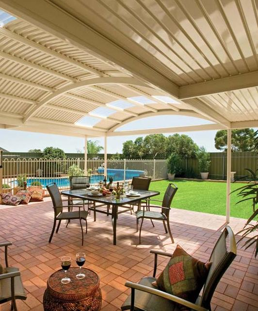 Curved Roof Patios & Carports