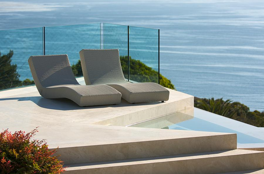 Outdoor furniture inspiration splash glass mirrors pty for Inspiration pool cleaner