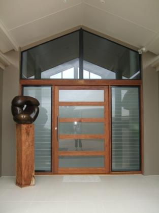 Entrance Designs by Tewantin Glass