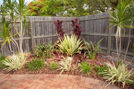 Garden Design Ideas by Chandler Park Lansdscaping