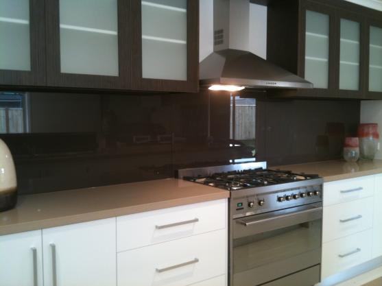 Kitchen Splashback Ideas by Sameday glass and mirrors