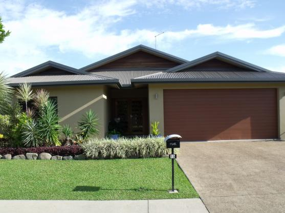 House Exterior Design by A & J Pridmore Builders