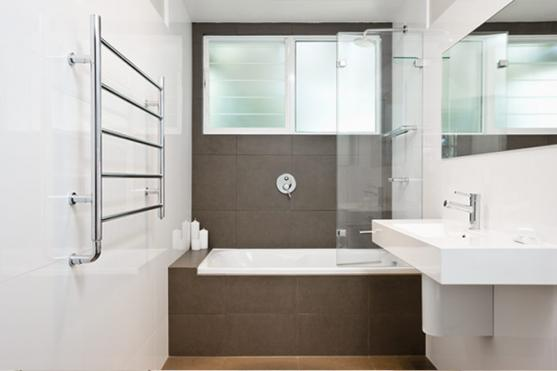 Bathroom accessorie design ideas get inspired by photos for Australian small bathroom design