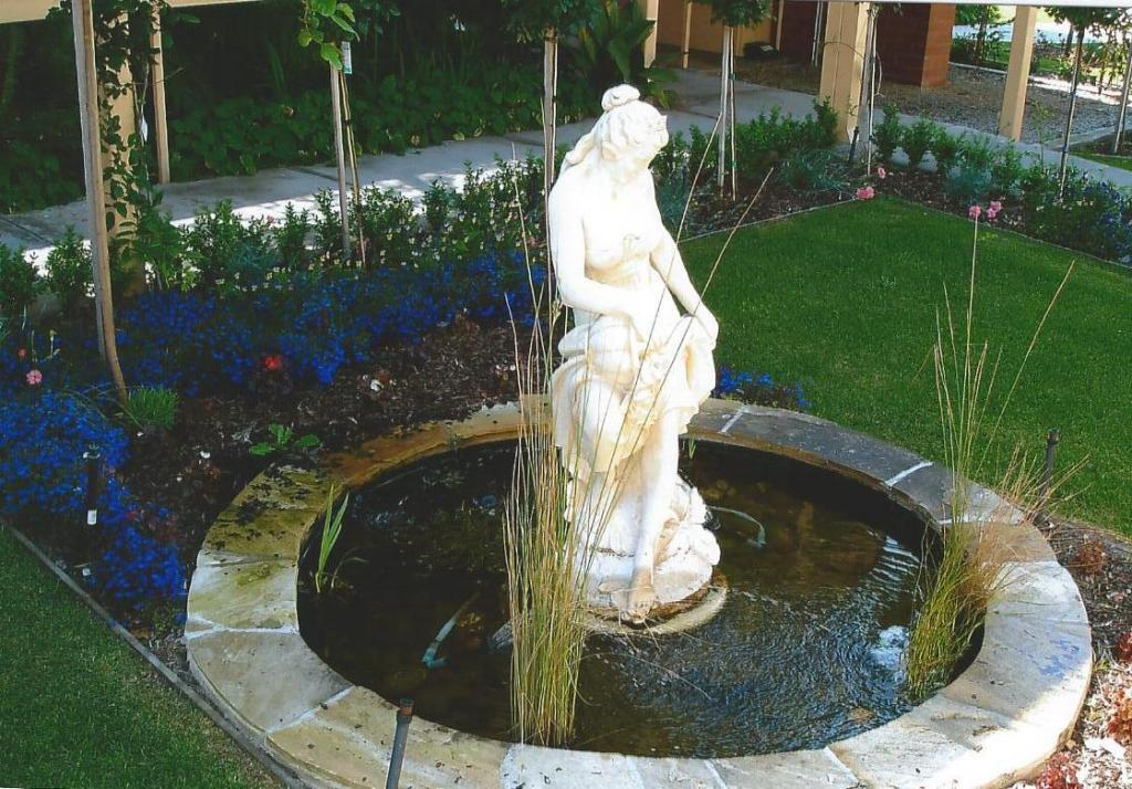 Water features inspiration d c garden restoration for Garden features australia