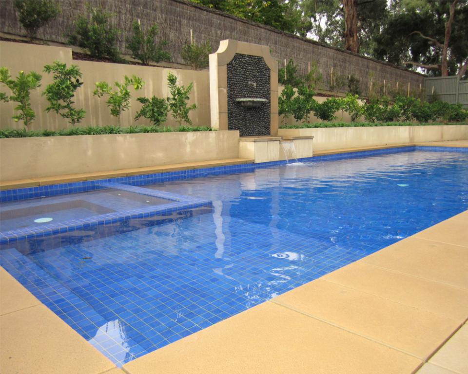 Pools inspiration aquacon pools and landscaping for Inspiration pool cleaner