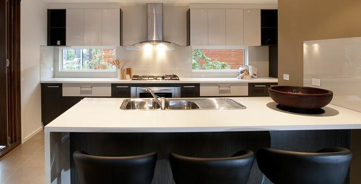 Kitchens i like kitchens display homes pazstone pty for Display home kitchen gallery
