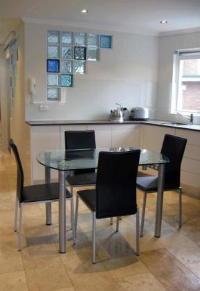 Kitchen Tile Design Ideas by DSB Tiling
