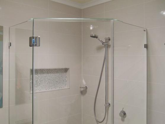 Shower Design Ideas by Tabicat