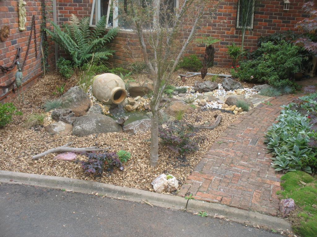 Front garden gardens landscaping gardens more - Front garden ideas western australia ...