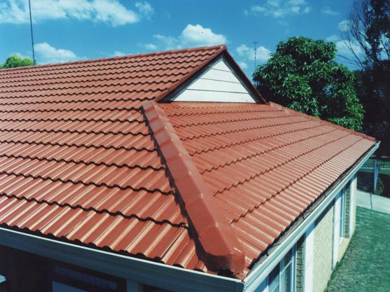 Roof Tile Designs  by Modern THIS