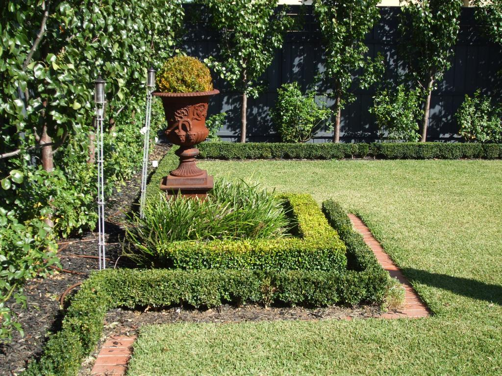 Gardens inspiration earthcraft landscaping concrete for Gardening services adelaide
