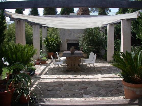 Paving Ideas by Ambient Landscapes