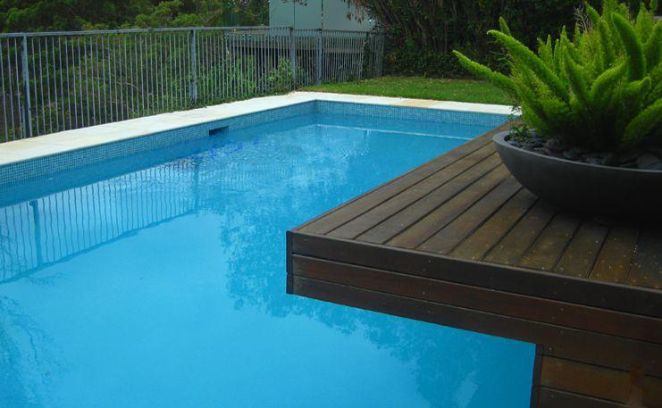 Pools inspiration urban escape landscape contractors for Inspiration pool cleaner