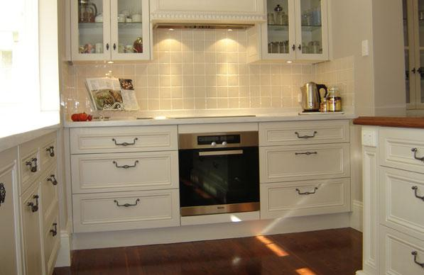 Style ideas gallery heritage hand paint premier for Kitchen designs newcastle nsw