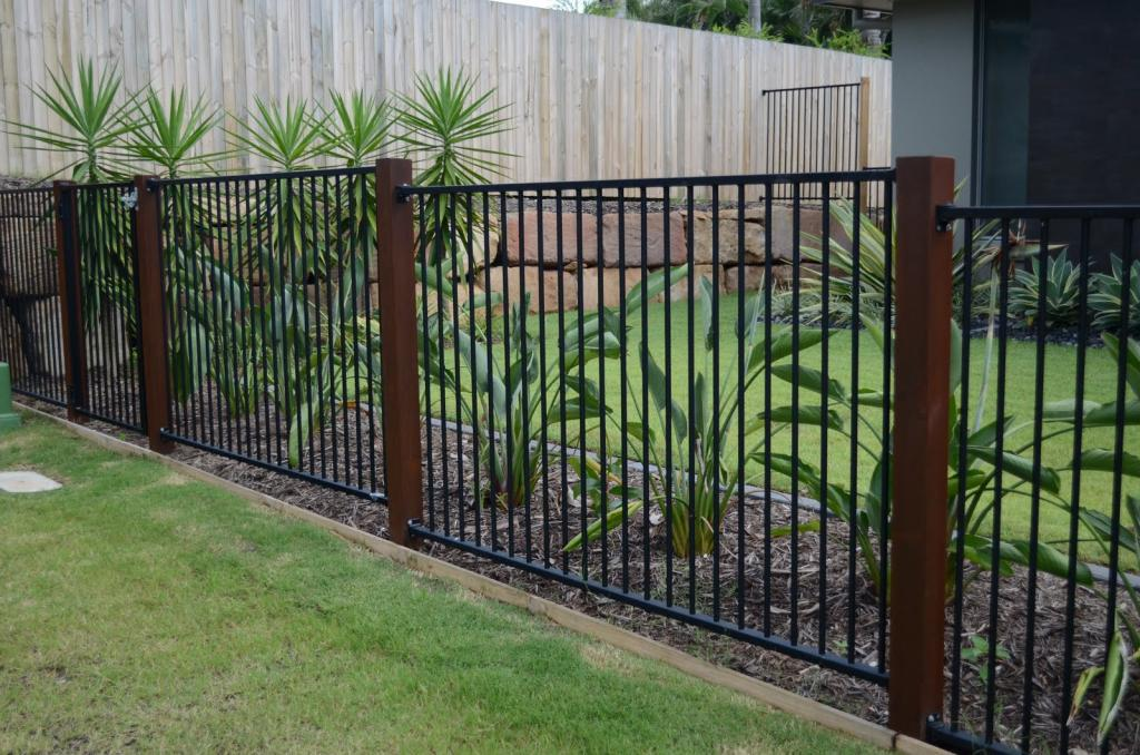Style ideas fences aluminium mode glass fencing for Pool fence design qld