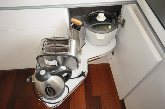Kitchen Cabinet Design Ideas by Cutting Edge Kitchen & Cabinetmaking