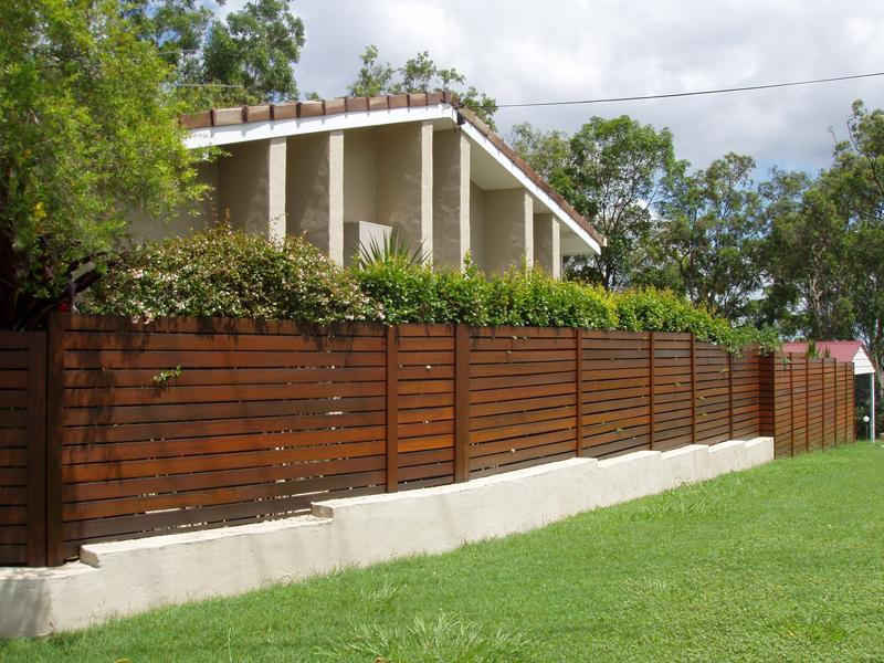 Garden fencing ideas timber fencing fences and screens Garden fence ideas