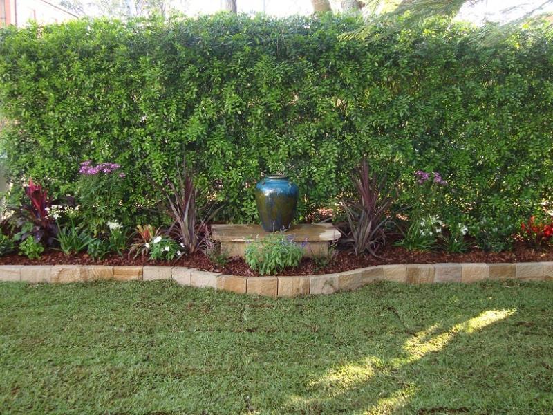Style ideas gardens paving tiling and garden edging for Garden ideas perth