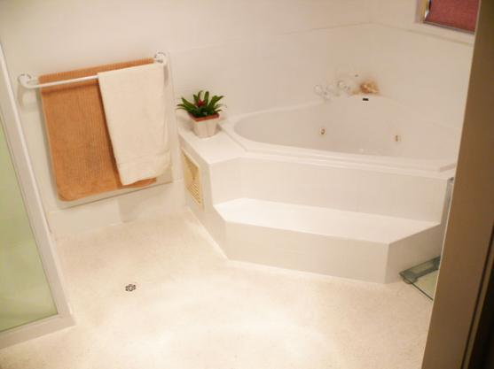 Corner Bath Ideas by Iwikoor Refinishing