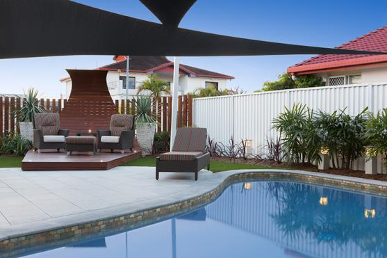 Swimming Pool Designs by Aesthetic Pools and Landscapes