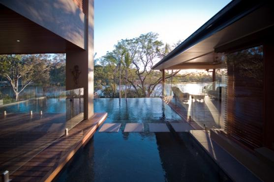 Infinity Pool Design Ideas by Aesthetic Pools and Landscapes
