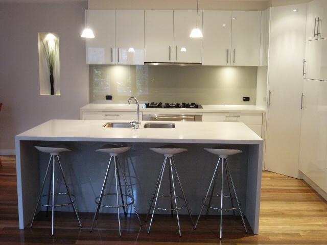 Kitchens inspiration melbourne splashbacks australia for Australian kitchen designs ideas