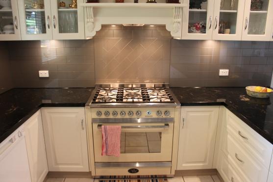 Kitchen Design Ideas by Impressive Glass & Splashbacks