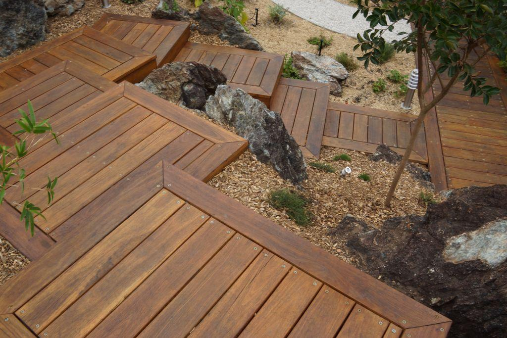 5 steps before you get decking for Garden decking before and after