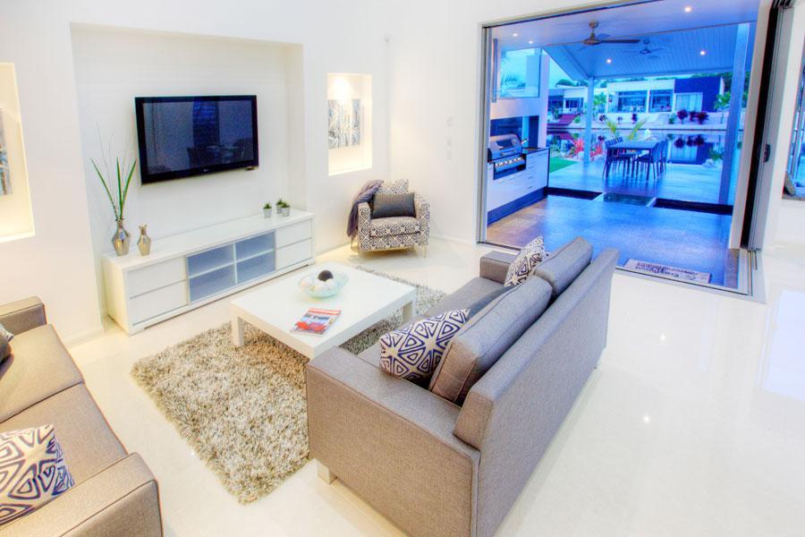 Living rooms inspiration rhonda 39 s soft furnishings for Inspiration for interior design professionals