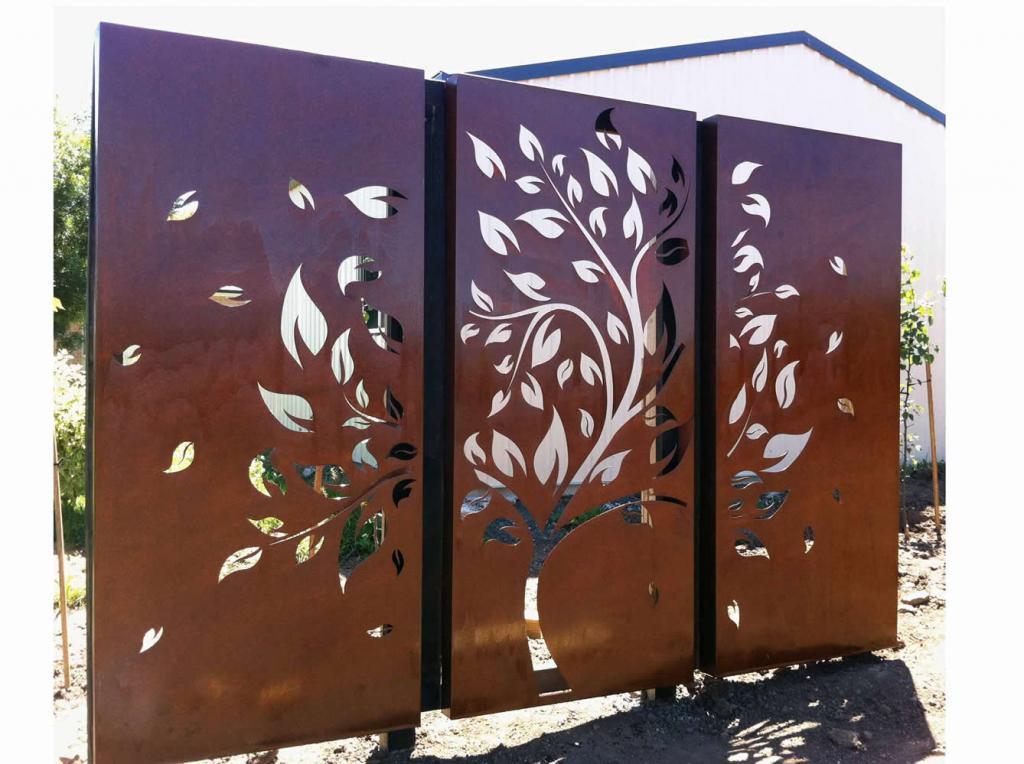 Outdoor inspiration garden art screens wall art po for Garden screen designs