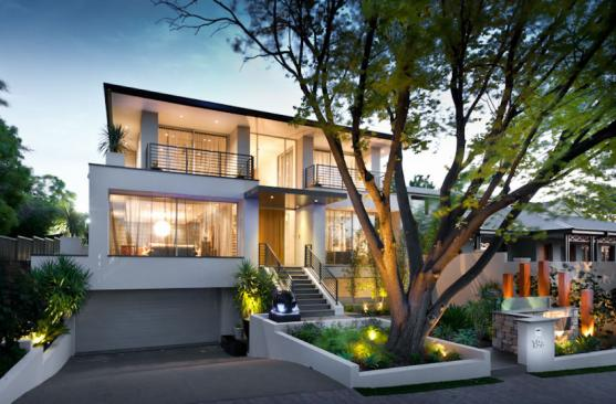 House Exterior Design by Climate Change Landscape & Project Management