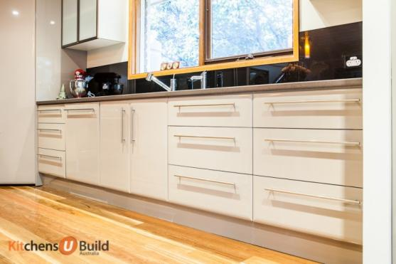 Kitchen Cabinet Design Ideas by Kitchens U Build