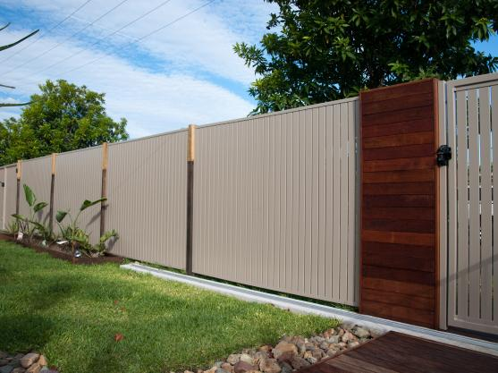 Colorbond Fencing Desgins by Kawana Lattice
