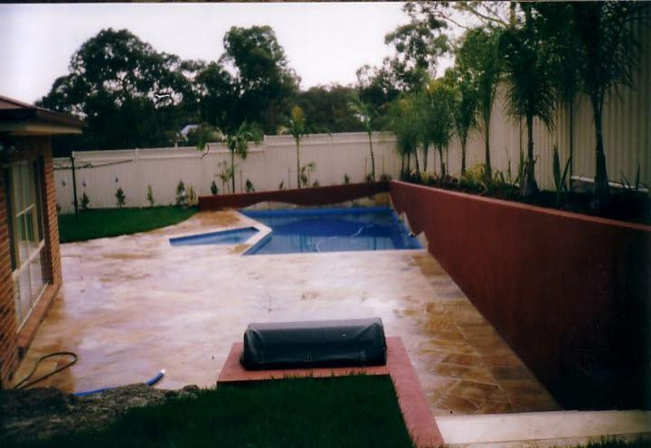 Retreat pools landscaping eltham victoria retreat for Pool design eltham