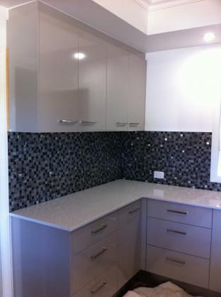 Kitchen Tile Design Ideas - Get Inspired by photos of ...