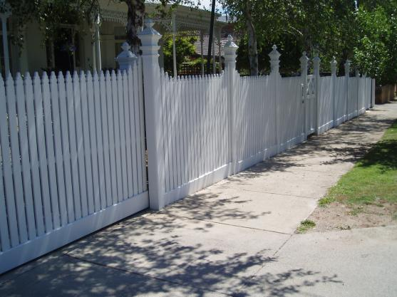 Pool Fencing Ideas by Jim's Fencing Melbourne