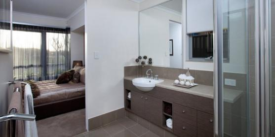 Ensuite bathroom design ideas get inspired by photos of for Australian small bathroom design