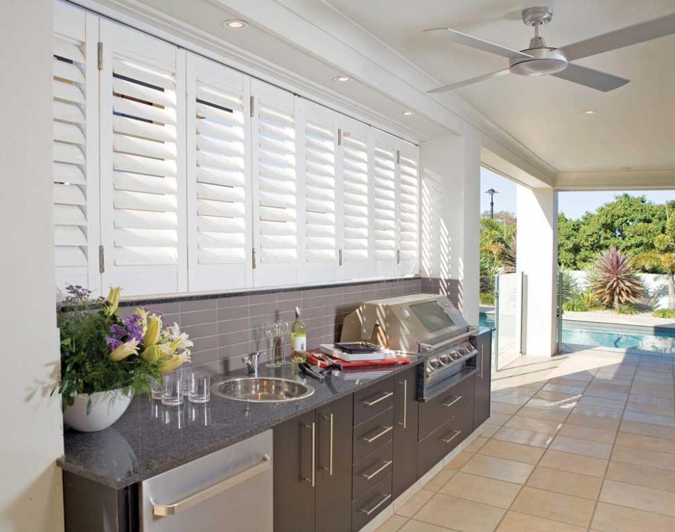 10 best outdoor kitchens. Black Bedroom Furniture Sets. Home Design Ideas