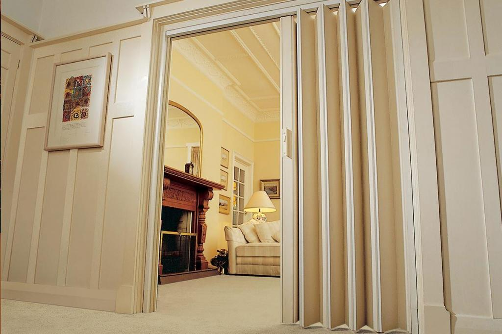 Glamorous lotus folding walls doors pty ltd pictures for Lotus operable walls