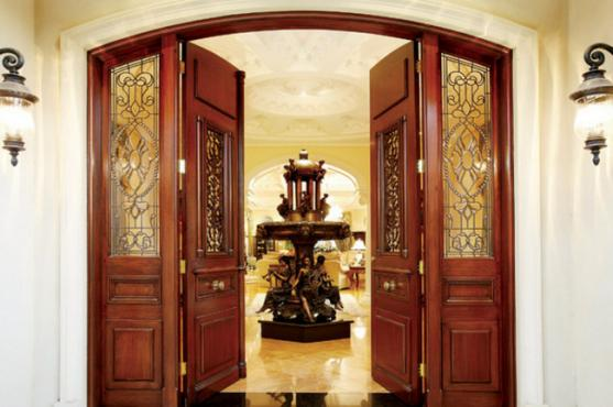 Entrance Designs by Hocking Phillip Project Manager & Construction