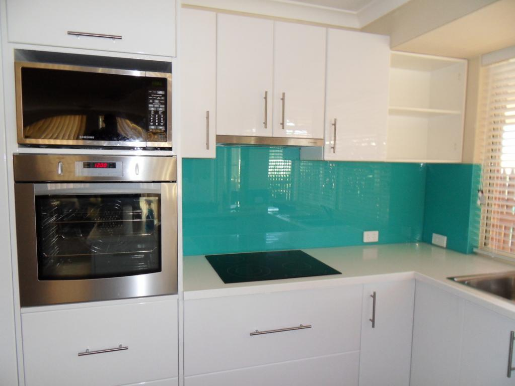 Kitchen Splashbacks Inspiration A Splash Of Glass