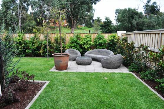 Garden design ideas get inspired by photos of gardens for Medium back garden designs
