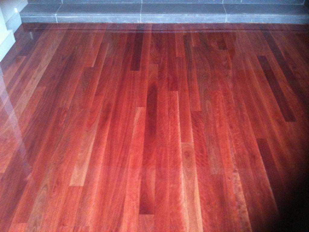 Bamboo floor get bamboo floors shiny for Hardwood floors not shiny